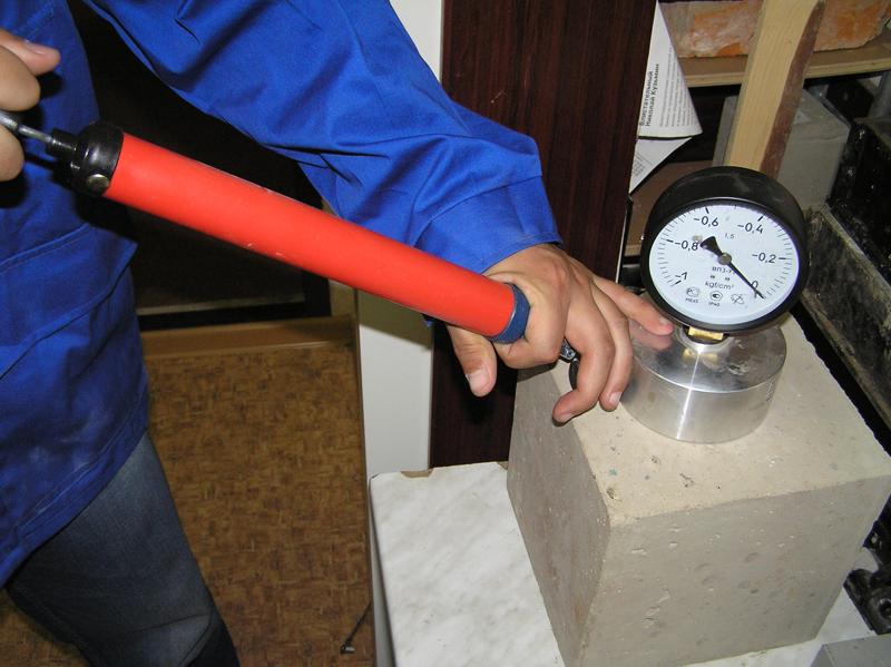 Качество бетонной смеси зависит от из чего строить керамзитобетон или газобетон